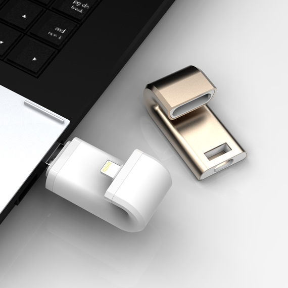 Built-in Lightning and USB 3.0 dual connector. Convenient for cross-platform usage